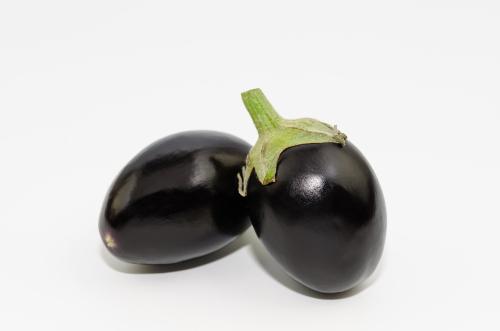 mini aubergines